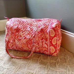 ICONIC VERA BRADLEY - Large Duffle Bag